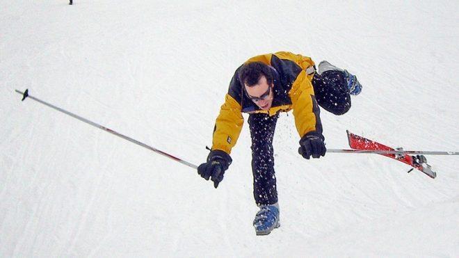 Úraz na lyžích? Plnění pojišťoven se výrazně liší